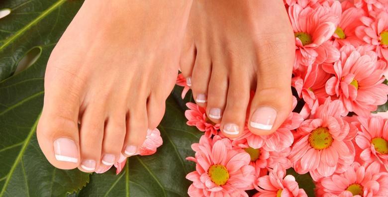 POPUST: 63% - Estetska pedikura uz soak off trajni lak - oblikujte nokte, riješite se zanoktica i odstranite višak kože u Jean d`Arcel Medical & Beauty Institutu za samo 99 kn! (Jean d`Arcel Medical & Beauty Institut)