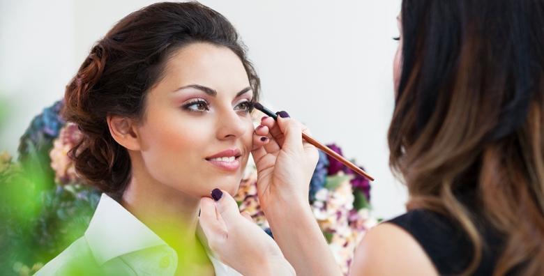 POPUST: 33% - Tečaj šminkanja u trajanju 4h - naučite osnove profesionalnog nanošenja  make-upa i zablistajte u svakoj prilici za 299 kn! (Studio Danija)