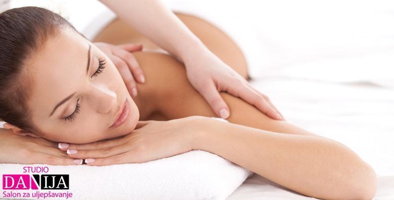 POPUST: 39% - Masaža leđa ili cijelog tijela BIO kokosovim ili uljem lavande!Opuštajući tretman u trajanju 30 ili 60 minuta već od 49 kn! (Studio Danija)