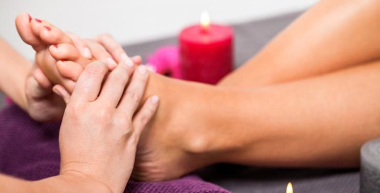 Medicinska pedikura uz masažu stopala ili estetska pedikura i trajni lak već od 79 kn!