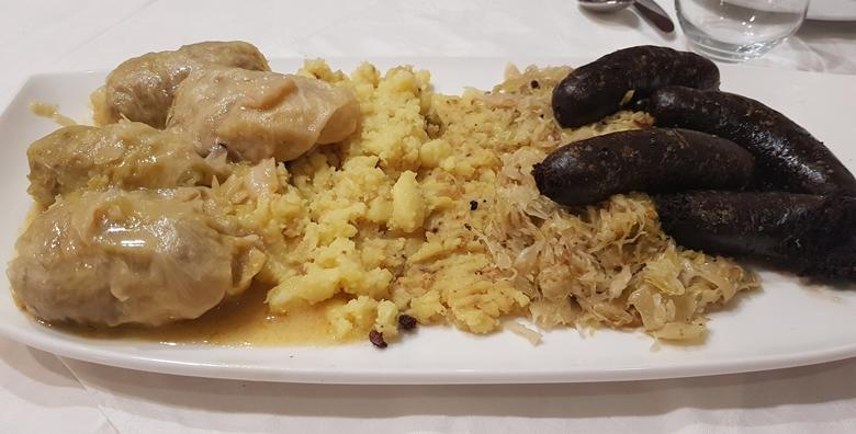 Uživajte s društvom u ukusnoj zimskoj plati za 4 osobe u poznatom zagrebačkom restoranu Kod Debelog za 119 kn!