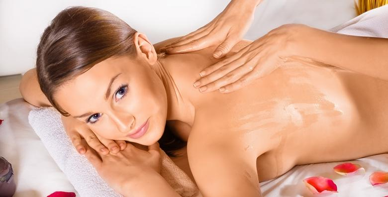 Masaža leđa u trajanju 30 minuta u salonu M beauty za samo 59 kn!