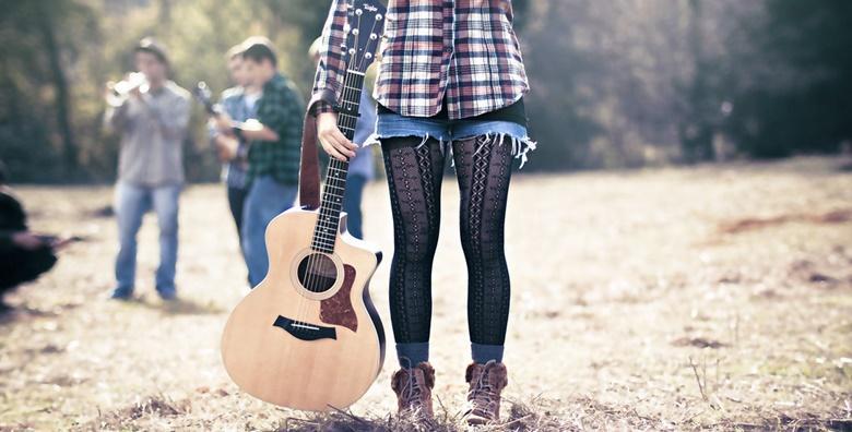 Sviranje gitare - individualni ili grupni tečaj za početnike u trajanju 8 školskih sati kroz mjesec dana, savladajte vještinu koju ste oduvijek željeli naučiti već od 239 kn!