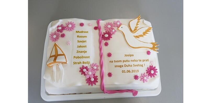 Ponuda dana: Naručite najdraži okus torte za pričest i krizmu uz mogućnost dostave za grad Zagreb za 399 kn! (Slastičarnica Slatki snovi)