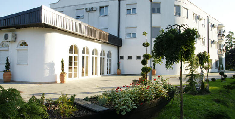 Hotel Villa Valpovo 4* - 1 noćenje za 2 osobe s doručkom ili polupansionom već od 299 kn!