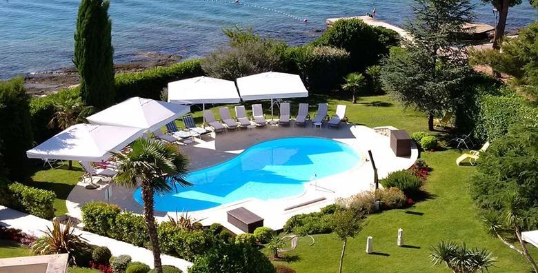 Ponuda dana: Provedite Prvi maj uz opuštajući odmor za dvoje u luksuznom hotelu Villa Radin 4* u Vodicama, 2 noćenja s doručkom uz korištenje bazena i bicikla za 1.699 kn! (Hotel Villa Radin 4*)