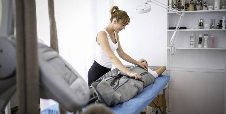 MEGA POPUST: 72% - 4 tretmana za mršavljenje i zatezanje kože - riješite se celulita i opuštene kože i osjećajte se dobro u vlastitom tijelu tretmanima u salonu Healthy lines za 299 kn! (Salon Healthy Lines)