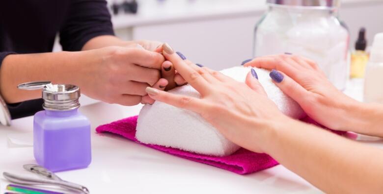 Neka vaši nokti budu oblikovani, zdravi i njegovani uz suhu manikuru u KAOTY Threading & Make Up Studiju za samo 59 kn!