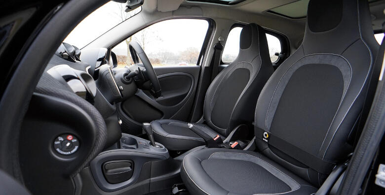 Kemijsko čišćenje unutrašnjosti vozila za 210 kn!