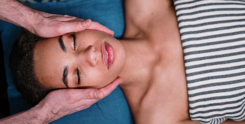 Akupresura lica ili klasična masaža - stavite sebe na prvo mjesto i priuštite si zasluženo opuštanje u Magnifique Nails Salon & Spa već od 39 kn!
