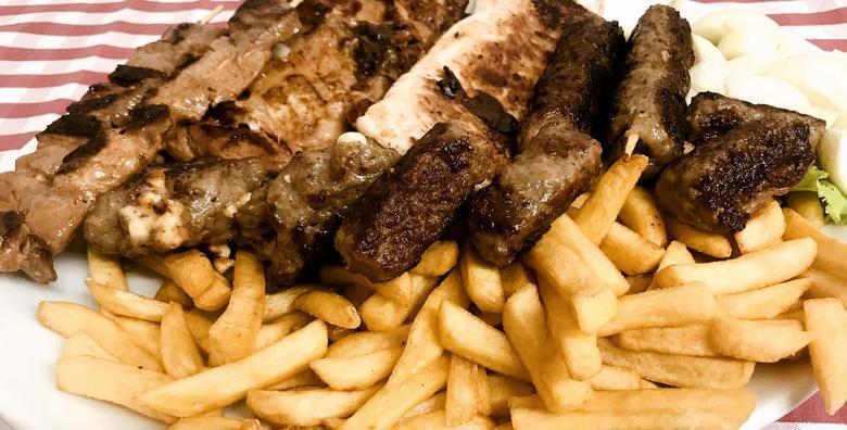 MARINERO GRILL - uvjerite se u izvrsne komentare brojnih korisnika i uživajte u bogatoj i slasnoj roštilj plati za 2 osobe u kultnom restoranu u Prečkom za samo 79 kn!