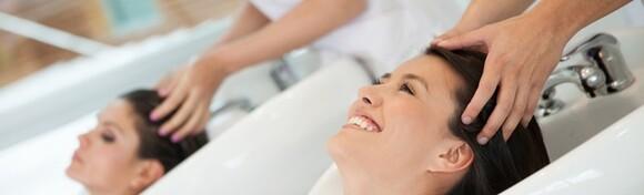 Osvježite kosu pranjem, šišanjem i fen frizurom u Frizerskom salonu Koketno već od 69 kn!