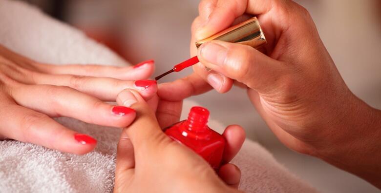Trajni lak i manikura u salonu aOra Beauty Lounge za samo 80 kn!