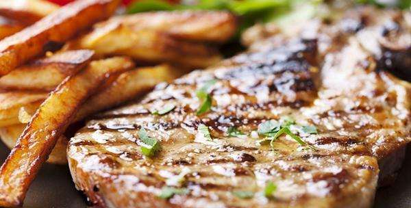 Teletina i krumpir ispod peke,salata i palačinke za dvoje