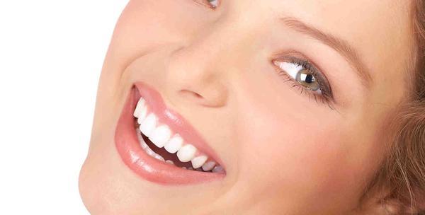 izbjeljivanje zubiju led lampom