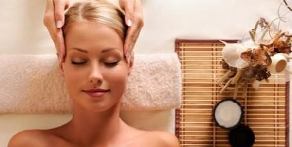 Čišćenje lica te korekcija obrva i depilacija nausnica