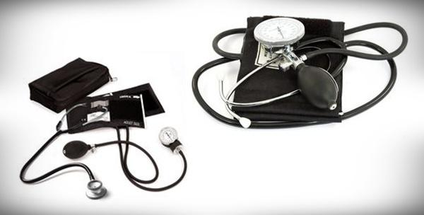 Tlakomjer sa spiromanometrom i stetoskopom