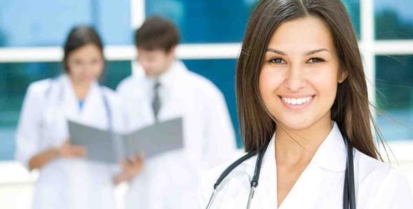 Specijalistički pregled fizioterapeuta i 5 terapija