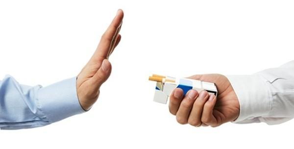 2 jednokratne elektronske cigarete