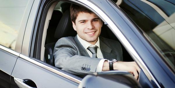 Vanjsko i unutarnje pranje automobila i zaštita voskom
