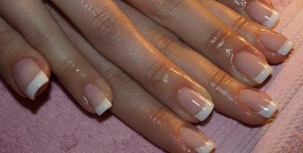 Geliranje noktiju i francuska manikura