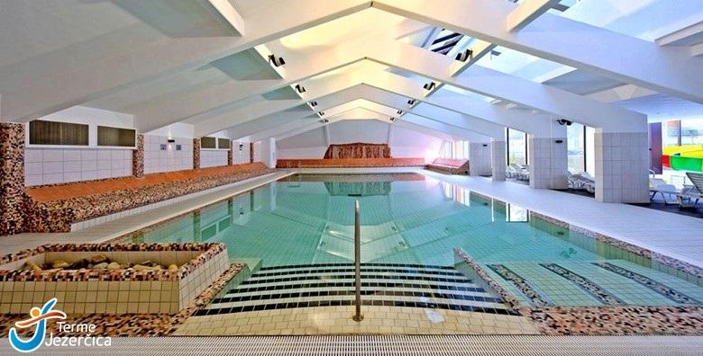 Wellness odmor u Termama Jezerčica! 1 noćenje s polupansionom za dvoje uz neograničeno korištenje bazena i fitnessa uz popuste na masaže za 499 kn!