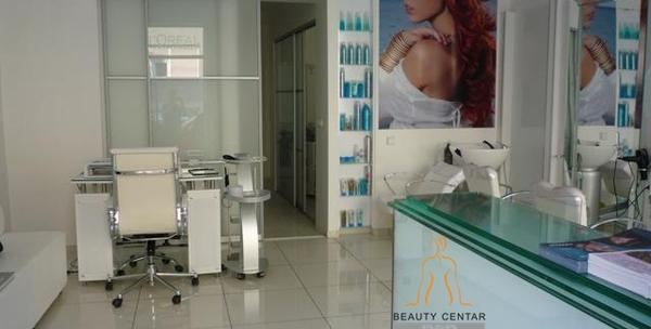 Botox kose sa infracrvenom peglom, pranje i fen friz za 99kn