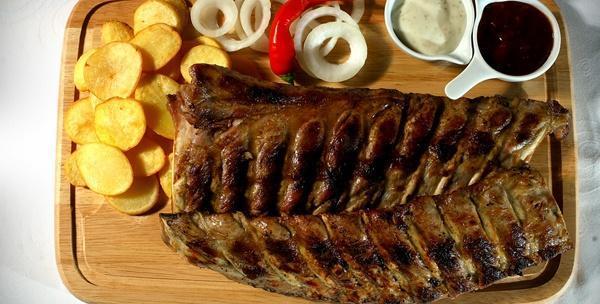 Rebarca 1kg, krumpir, luk, umaci i kruh za  dvije osobe