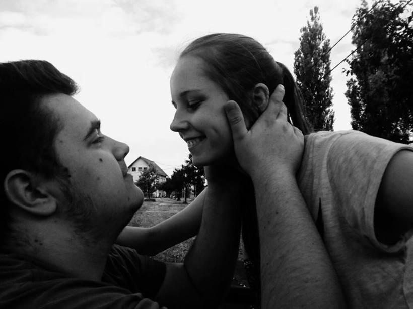 Kažu da ništa ne traje zauvijek, ali ja vjerujem u činjenicu da za neke, ljubav živi čak i kad odemo.
